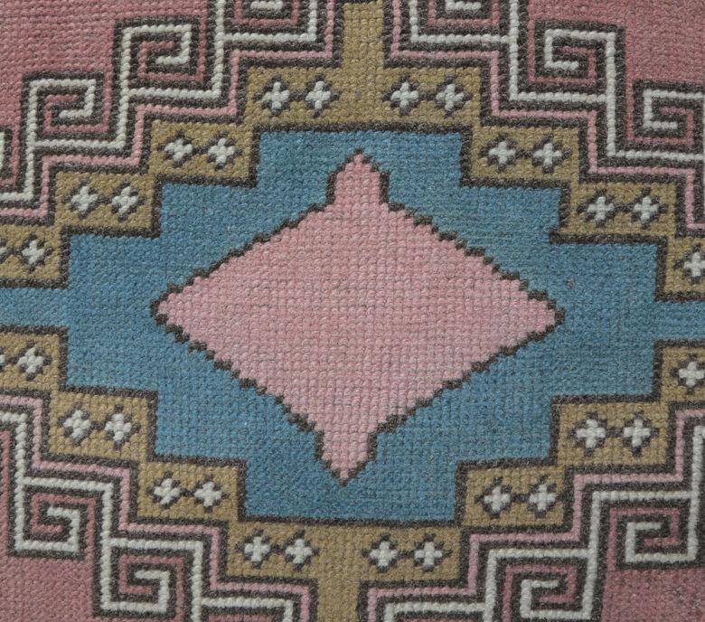 Akvota - Folk Vintage Turkish Rug