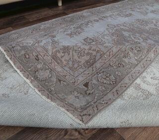 Etty - Turkish Vintage Rug - Thumbnail
