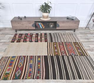 Gunyaruk - Traditional Flatweave Rug - Thumbnail