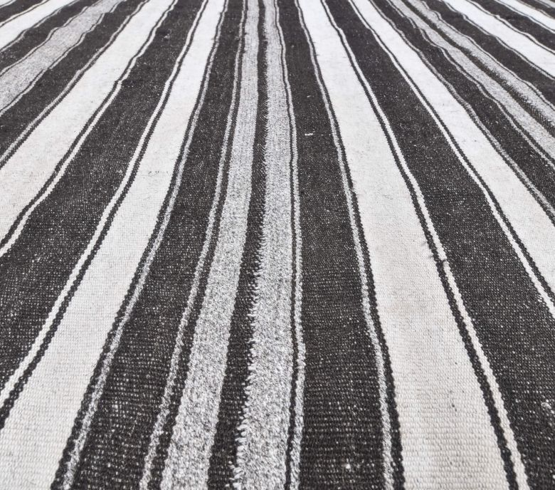 Hattie - Black & White Striped Jute Kilim