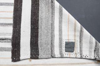 Vintage Kilim Area Rug - Thumbnail